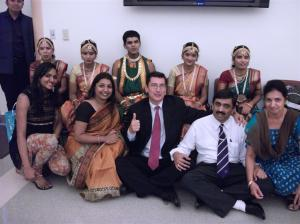 Samarthanam group poses with Micheal Festa